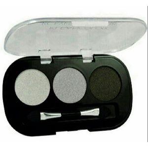 Kleancolor Moonstone Eyeshadow Trio